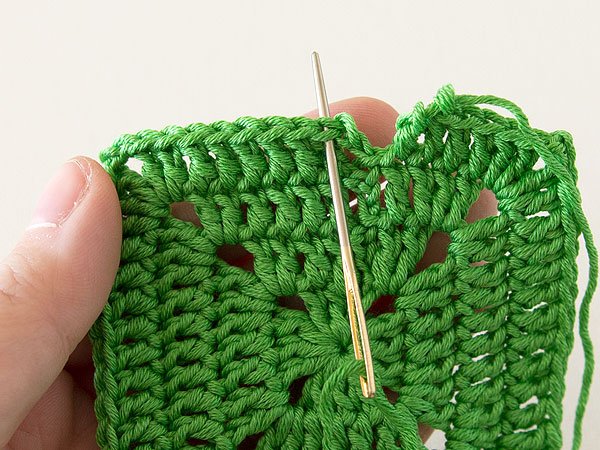 wink-crochet-lap-blanket-square-step6
