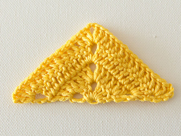 wink-crochet-lap-blanket-triangle-step6