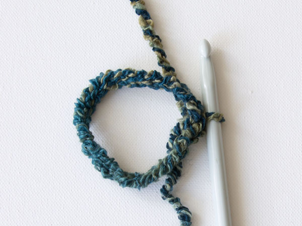 wink-crochet-pair-legwarmers-step2