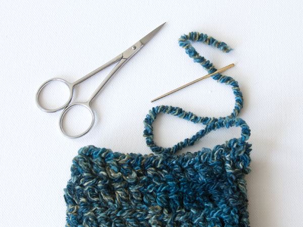 wink-crochet-pair-legwarmers-step8
