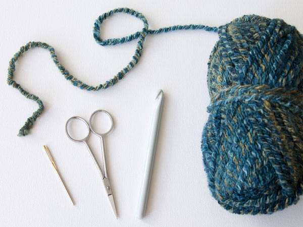 Crocheting Supplies : wink-crochet-pair-legwarmers-supplies