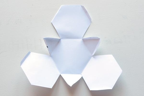 9-template-a-fold-geocanldes