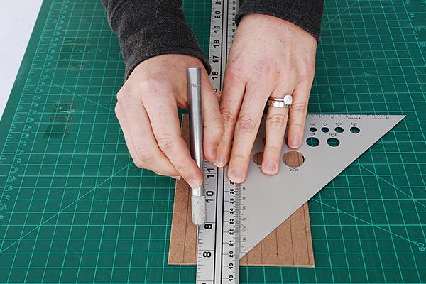 wraparound-case-cut-small-spine-piece