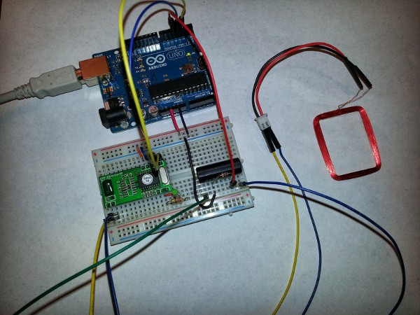 Breadboard with RFID and relay setup