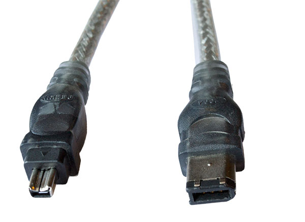 A digital FireWire 400–600 cable