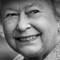 Preview for A Step-By-Step Guide to Photographing the Queen
