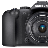 Preview for Samsung NX10: A Digital SLR in a Compact Hybrid Body