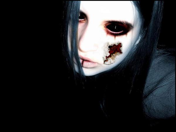 Как сделать чёрные глаза как у демона