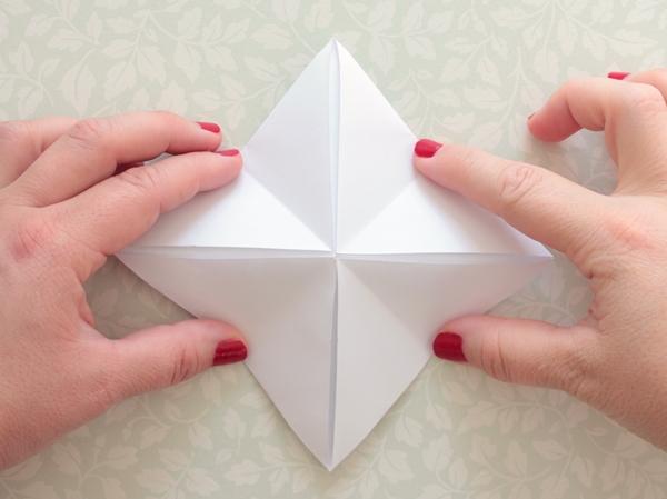 12-origami lantern-squeeze1