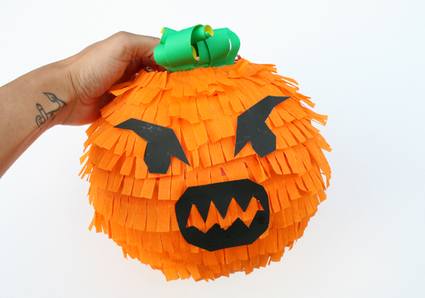 Pumpkin Pinata by Kitiya Palaskas on Crafttuts